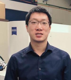 Dr Junliang Liu